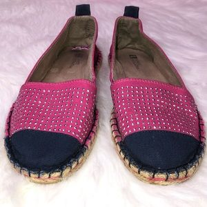 White Mountain fabric blue pink espadrilles 8.5